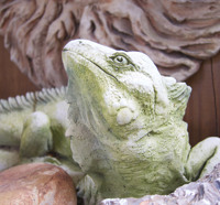 Iguana sculpture by Haydn Larson